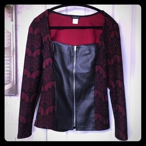Venus shirt black faux leather with red